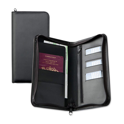 Zipped Travel Wallet in Black Belluno Leather
